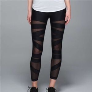 Lululemon tech mesh tights 8 EUC black